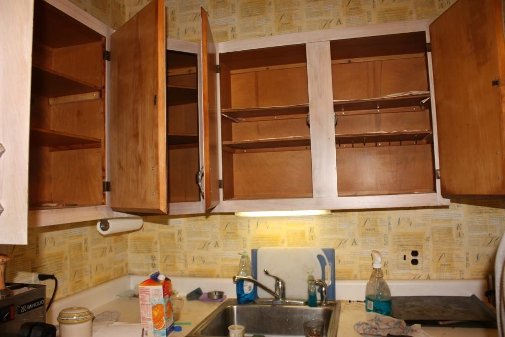 Where To Put Things In Kitchen Cabinets WanderGlobe - Where to put things in kitchen cabinets