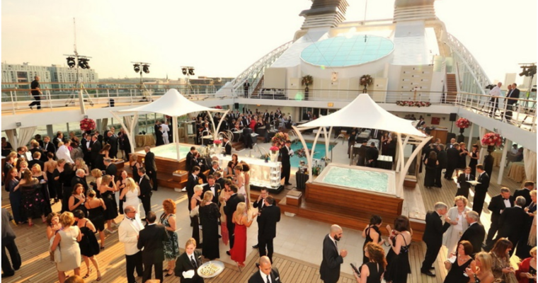 4 Tips To Make Your Company Yacht Party a Great Success!