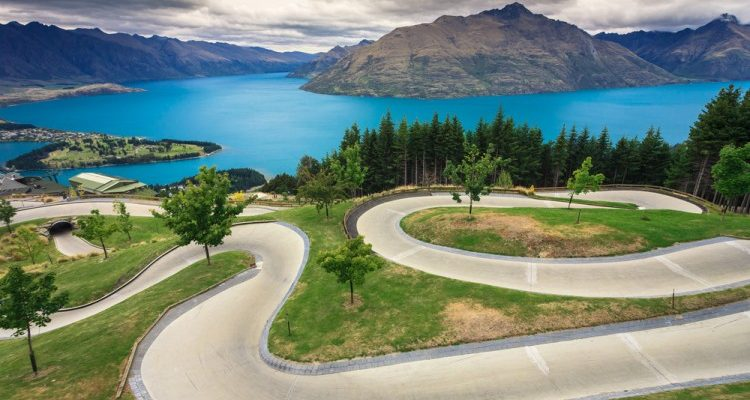 Top 5 Places To Visit In New-Zealand