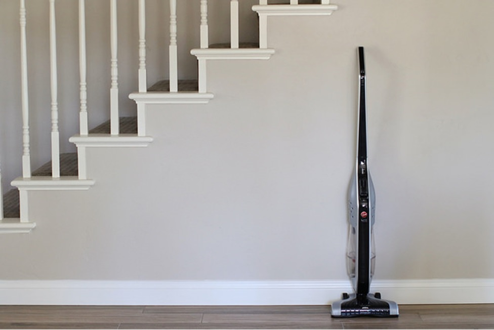 How to Vacuum Stairs with an Upright Vacuum