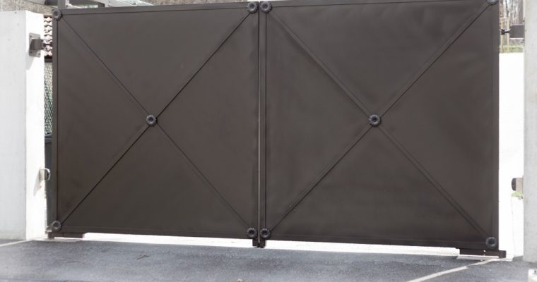 Advantages of Installing Swing Gate