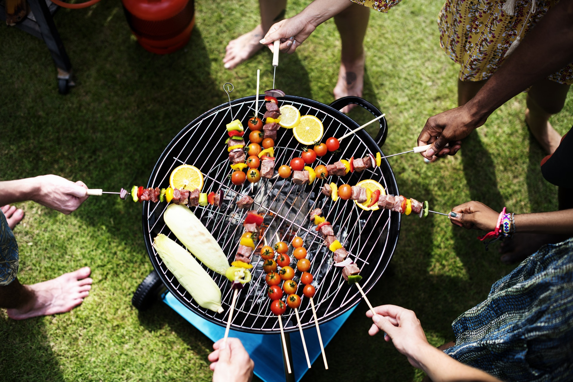 8 Things to Consider Before Throwing an Outdoor BBQ Party