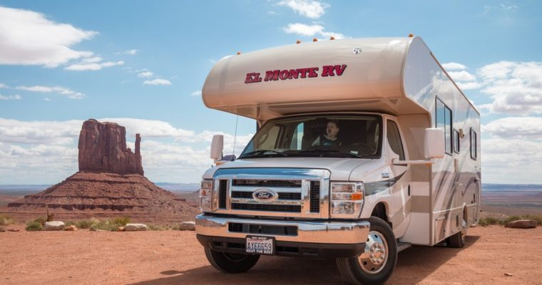 7 Must-Have Gadgets for Your Next RV Trip