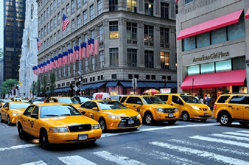 Maxi Taxi Airport Transfers