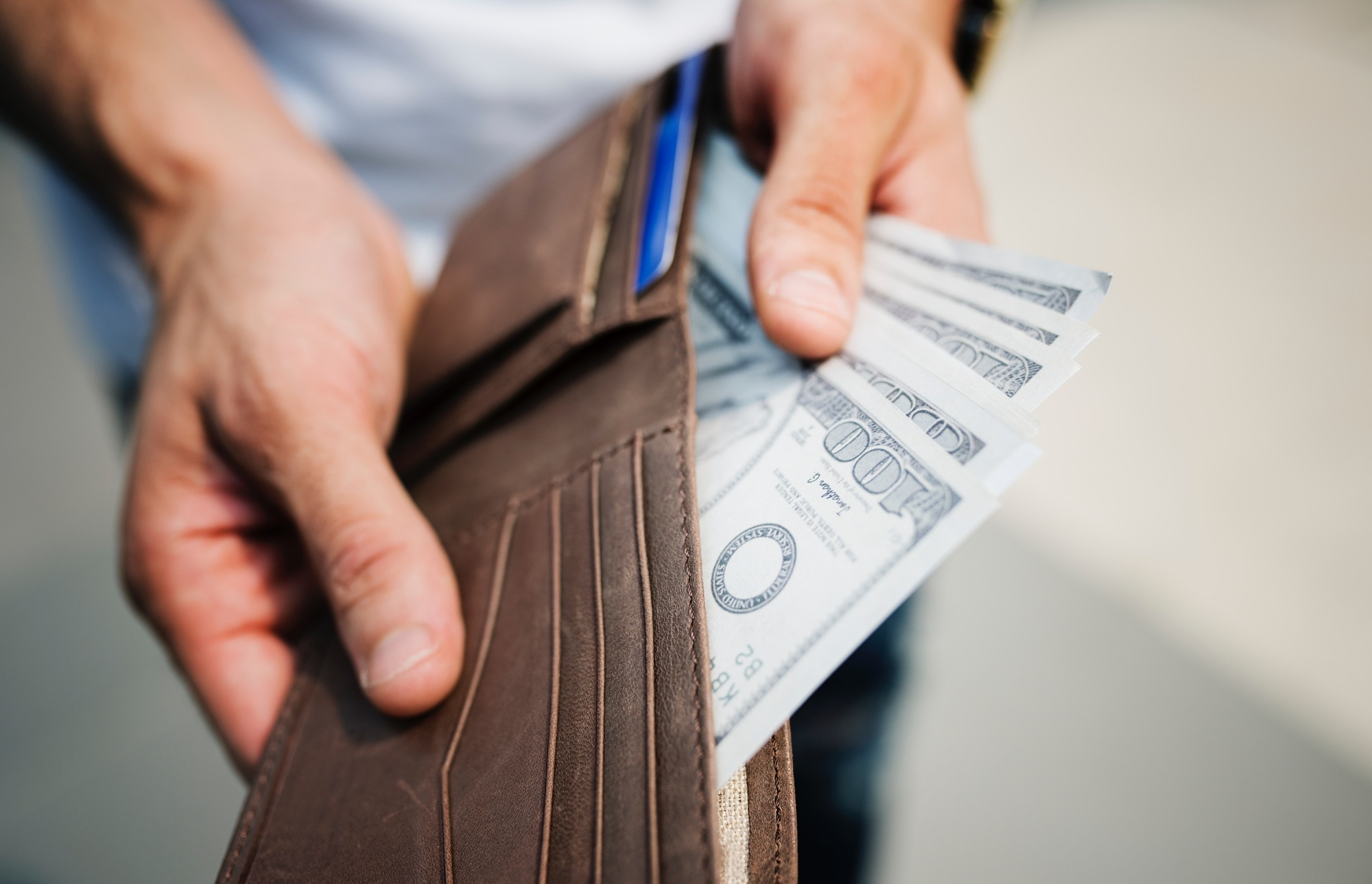 Pros and Cons of Taking Out a Personal Loan to Fulfill Your Travel Fantasies
