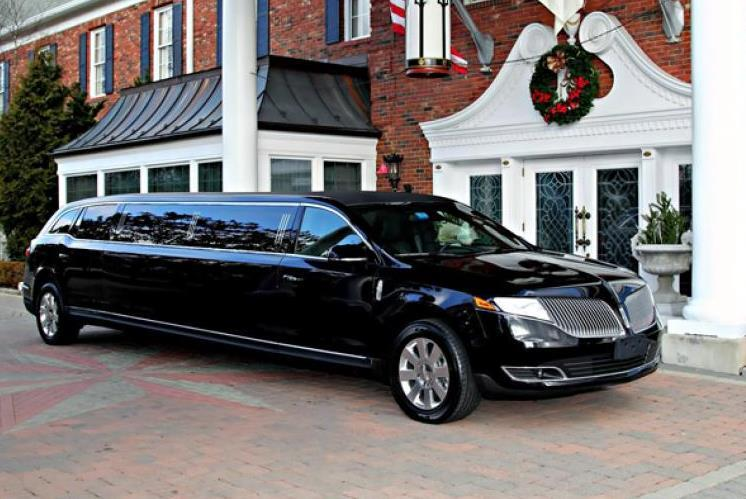 3 Reasons Why Hiring a Limo Will Guarantee You a Successful Trip – Guide