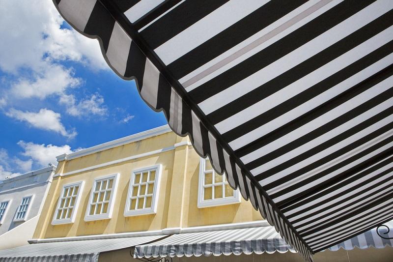 Retractable Patio Roof