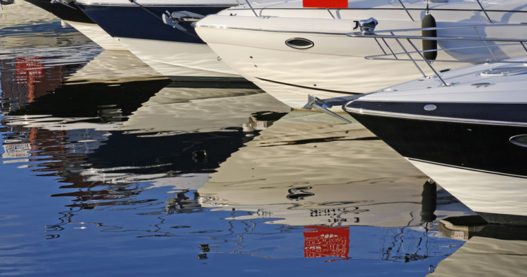A Look at the Tips for Buying Used Boats for Sale Online
