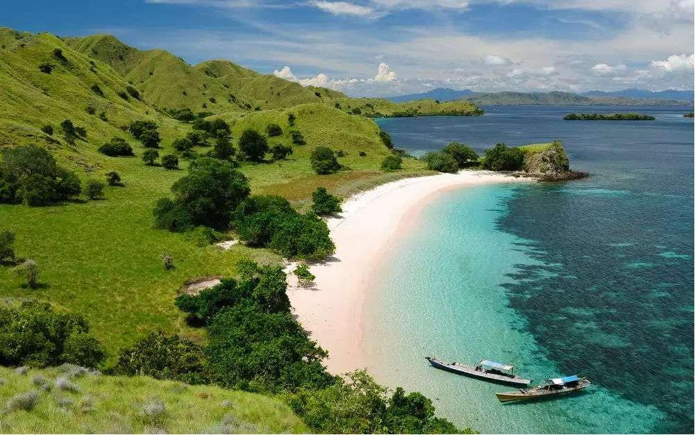 Australia and Africa – Magical Countries You Must Visit