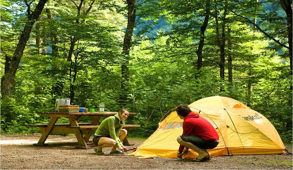 Is a Sleepaway Camp the Best Thing You Can Do for Your Child?