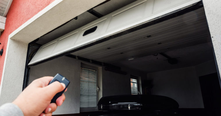 Key Things To Keep A Note Of While Buying An Electric Garage Door Opener!