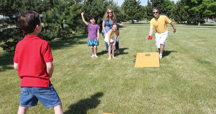 How to Play the Cornhole Game