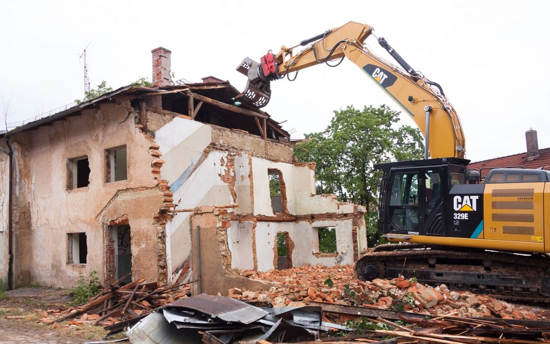 Factors That Should be Considered While Hiring Expert Demolition Contractors  - WanderGlobe