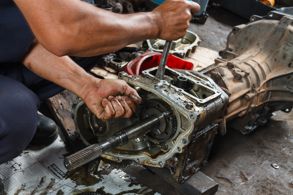 Auto Transmission Repair >> Considerable Signs Which Indicate That Your Vehicle Needs