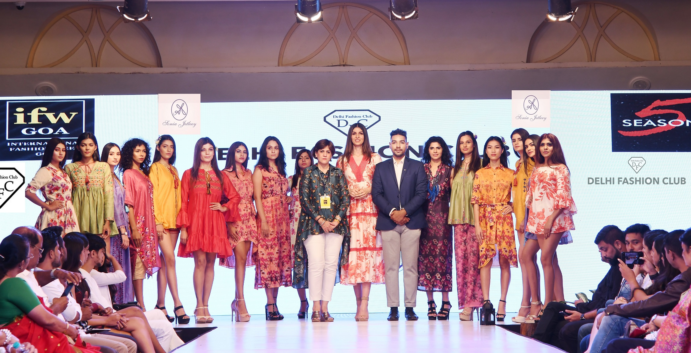 Delhi Fashion Club Promotes Sustainable Fashion & Handlooms at International Fashion Week Goa