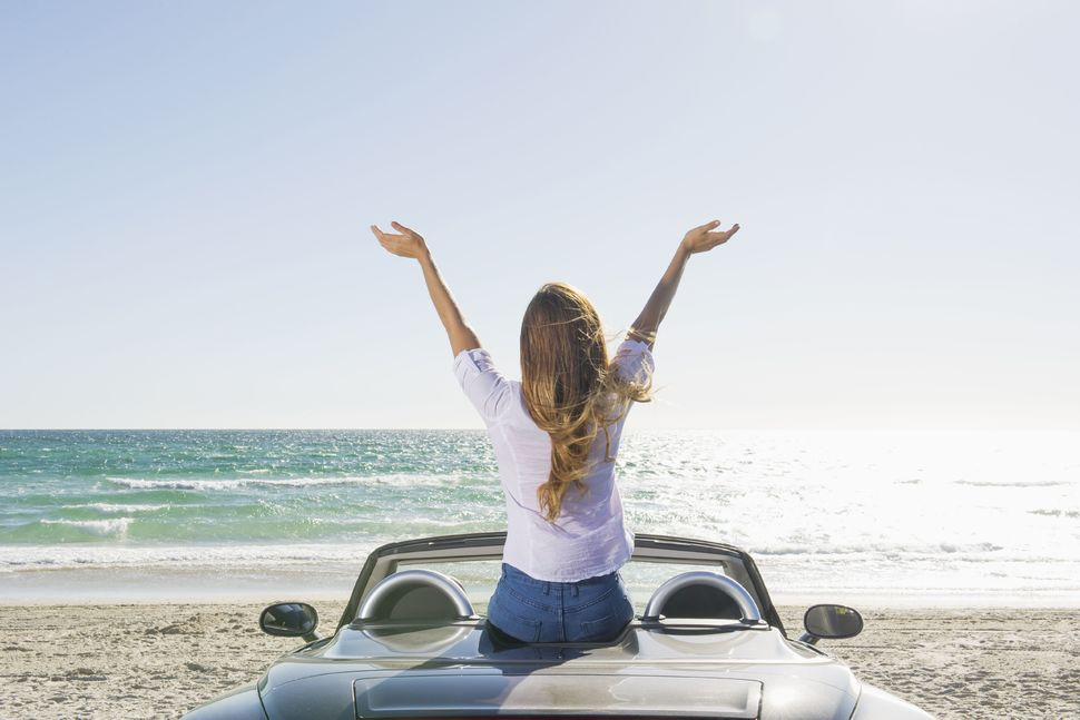 How to Plan a Trip to the Coast by Car - WanderGlobe
